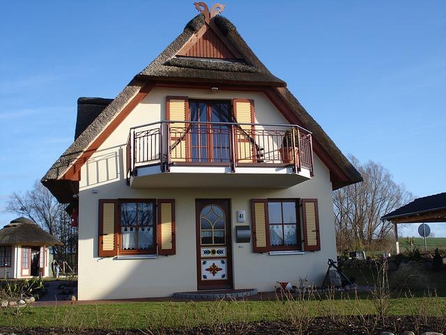 Hauskauf - Hinweise zum Kaufvertrag beim Kauf einer bestehenden Immobilie
