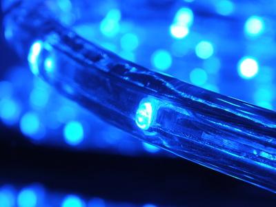Licht: Neue Lampen und Leuchten helfen Energie zu sparen; Bild: Th. Reinhardt / pixelio.de
