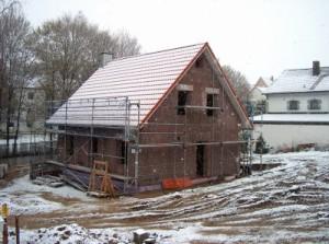 Massivhaus oder Holzhaus? Bild: Heike Hering / pixelio.de