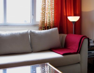 LED - unschlagbar für die Beleuchtung des Wohnraums; Bild: Rainer Sturm / pixelio.de