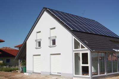 Effizienzhaus 40+ bauen; Bild: Uli Carthäuser / pixelio.de