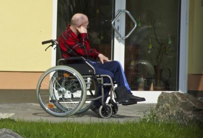 Rollstuhl & barrierefreies Bauen; Foto: Uta Herbert / pixelio.de