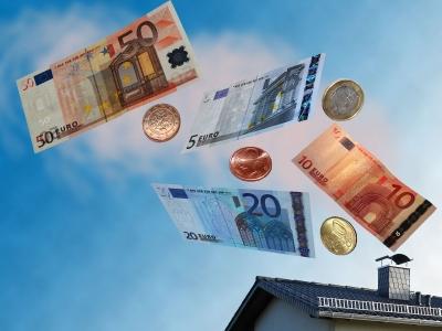 Wie funktioniert eine Heizung mit Brennstoffzelle? Welche Kosten sind zu erwarten?; Bild: Margot Kessler / pixelio.de