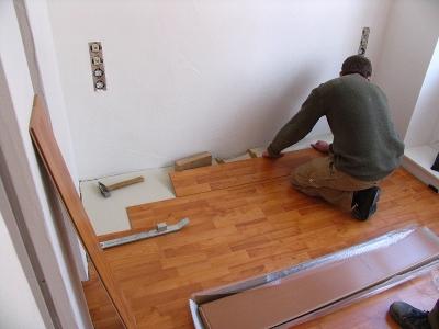 Wohnung renovieren; Bild: Rainer Sturm / pixelio.de